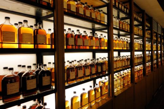 Japán whisky hatalmas választéka